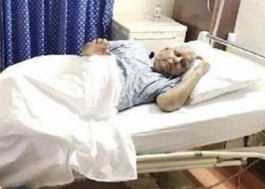 'उठ-बैठ भी नहीं पा रहे लालू प्रसाद यादव', आरजेडी विधायक ने बताया तबीयत-ए-हाल