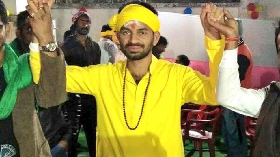 कृष्ण नहीं अर्जुन की भूमिका में तेज प्रताप, भाई तेजस्वी के खिलाफ 'महाभारत' का ऐलान!