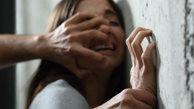बिहार: बड़ी बहन ने किया इनकार तो छोटी को उठाकर ले गए बदमाश, किया गैंगरेप